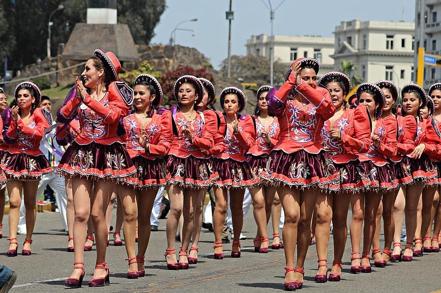 Dance of Peru